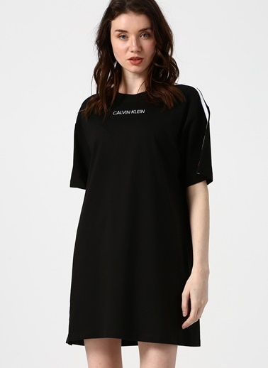 Calvin Klein Gecelik Siyah